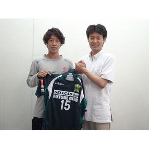 プロプットサルリーグ、デウソン神戸で活躍をしていた、元プロフットサルプレイヤー高橋良治選手のトレーナーをしておりました。